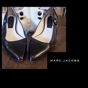 MARC JACOBS - Chic Pointed Toe Black Flats - 7.5